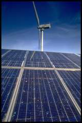 panneaux-solaires-et-eolienne.jpg